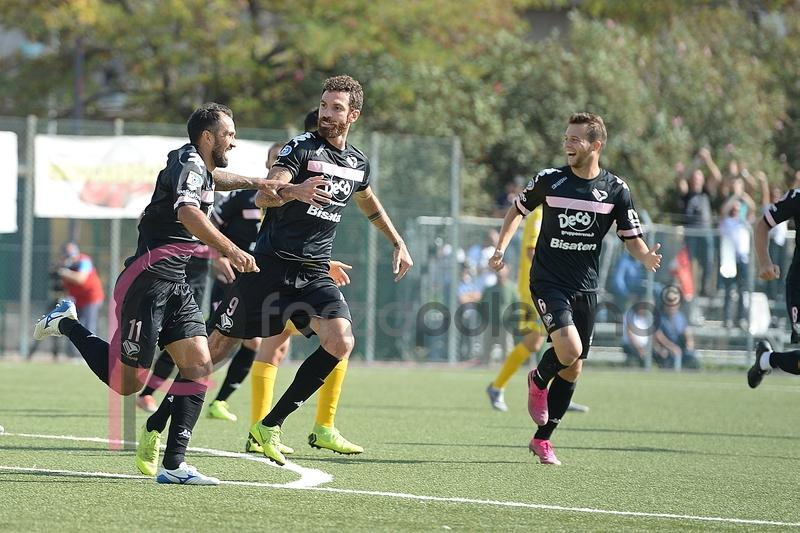 Palermo a Palmi, tutto all'alba del match